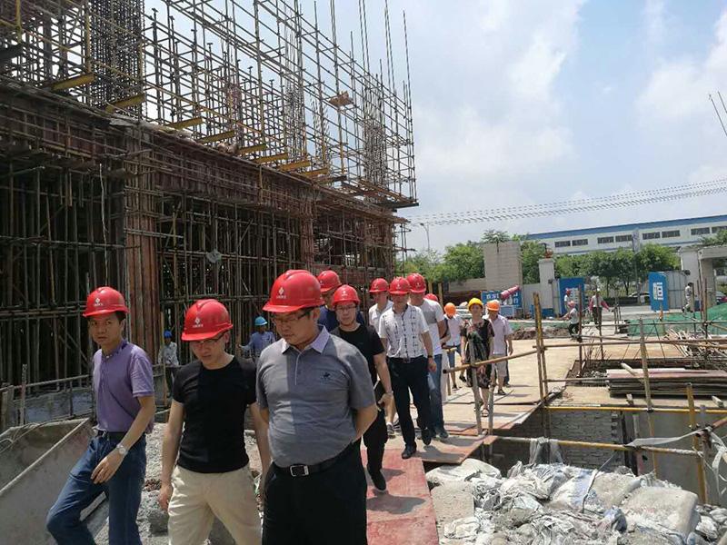 赣州市委常委李明生书记莅临康尔国际赣州康尔二期项目指导工作